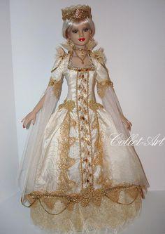 "https://flic.kr/p/qCiWek   Tonner 22"" American Model Fashion ""Envy of the Queen's Court"" Collet-Art"