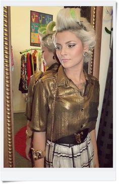 Créditos :  Modelo: Claire Gomes   Beleza: Alessandra Garcia Foto e Produção de Moda: Manu Sales