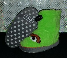 Toddler Boys Sesame Street Oscar The Grouch Slippers Size S 5-6 Gently Used #Slippers