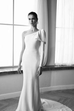 Lihi Hod Bridal Bridal Dresses, Wedding Gowns, Chic Wedding, Minimalist Wedding Dresses, Whimsical Fashion, Bridal Style, One Shoulder Wedding Dress, Glamour, Minimal Chic