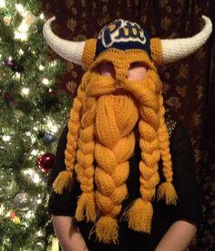 Pitt hat. I don't like Pitt but the viking beard is cute.