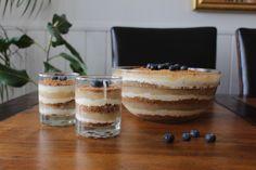 """tilslørte bondepiker"" Norwegian dessert made by belle Norwegian Food, Holiday Treats, Tiramisu, Scandinavian, Cheesecake, Pudding, Ethnic Recipes, Desserts, Drinks"