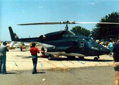 Airwolf is the title aircraft from a television series. The aircraft itself was a modified Bell 222 twin-engined light helicopter owned by JetCopters Inc. and built by Bell Helicopter. Luxury Helicopter, Bell Helicopter, Helicopter Pilots, Jets Privés De Luxe, Armadura Ninja, Jet Privé, Futuristic Cars, Wolf, Military Aircraft