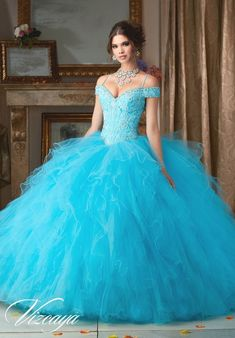 ce69d515d 50 mejores imágenes de vestidos de 15 color azul