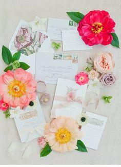Ein Fest für alle Sinne auf Chateau d'Estoublon   Hochzeitsguide Fox Wedding, Creative Wedding Ideas, Provence, Destination Wedding, Heaven, Gift Wrapping, Vibrant, Editorial, Pink