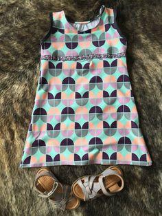 Neues Kleid für die neuen Sandalen - Sommerkleid selbstgenäht