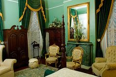 """""""Gone with the Wind Guest room"""" at Magnolia Mansion, New Orleans"""