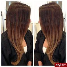 Fryzury Rozpuszczone włosy: Fryzury Długie Na co dzień Proste Rozpuszczone - CzEkOlAdKa2010 - 2406436