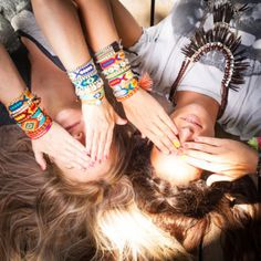 friendship bracelet trend