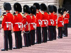 London, England Soldiers at Buckingham Palace