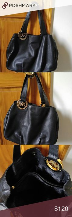 d2979893ae Michael Kors handbag Black Michael Kors handbag approx 10x14 gold hardware  snap closure 3 large inside