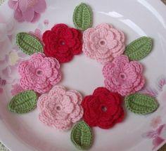 6 crochet fleurs avec feuilles en Lt rose rose rose chaud