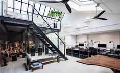 This Artist and Designer Is Running His Dream Studio — 1stdibs Introspective