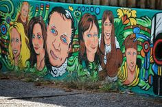 Detail of Noah Church mural in Louisville.  Not sure who all of these folks are...