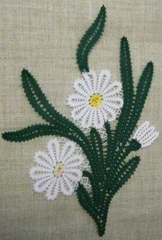 Кружева на коклюшках Hairpin Lace Crochet, Crochet Motif, Crochet Shawl, Crochet Edgings, Bobbin Lace Patterns, Bead Loom Patterns, Lace Earrings, Lace Jewelry, Bruges Lace