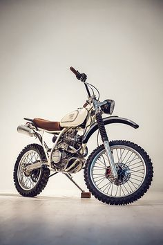 Honda XR250 Scrambler, by Red Clouds Collective