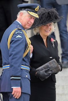 Camilla, Duchess of Cornwall and Prince Charles, Prince of Wales attend an Armistice Day Commemoration at the Auckland War Memorial on November 2012 in Auckland, New Zealand. The Royal couple are. Camilla Duchess Of Cornwall, Duchess Of Cambridge, Prince Phillip, Prince Charles, Armistice Day, Royal Engineers, British Things, Remembrance Day, Save The Queen