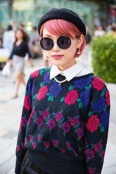 Three Street Style Lessons from Tokyo Fashion Week Spring 2015 – Vogue Tokyo showed three lessons for fashionistas in their fashion week for Spring 2015. These included draping your jewelry, tying a patterned scarf around the brim of your hat, and put a choker pearl necklace under the collar of your shirt. Brittany H.