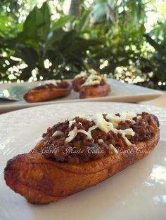 Canoas de Plátanos Maduros at Mari's Cakes