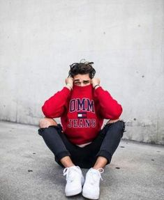 Moda adolescente masculina casual trendy Ideas is part of Boy photography poses - Poses Pour Photoshoot, Men Photoshoot, Portrait Photography Men, Fashion Photography Poses, Inspiring Photography, Flash Photography, Photography Tutorials, Beauty Photography, Creative Photography