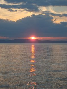 "Sunset | Lake Champlain | Burlington | Vermont    I need to plan a trip ""home"" soon. <3"