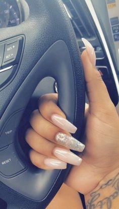 Make an original manicure for Valentine's Day - My Nails Fabulous Nails, Perfect Nails, Gorgeous Nails, Pretty Nails, Aycrlic Nails, Dope Nails, Hair And Nails, Coffin Nails, Nagellack Trends