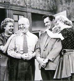Ethel Mertz (Vivian Vance), Fred Mertz (William Frawley), Ricky Ricardo (Desi Arnaz), Lucy Ricardo )Lucille Ball)