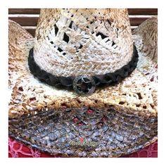 Original sombrero cowboy de paja blanca con sombreado marrón b957a91d6123