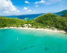 Long Island offers a blend of scenery and relaxation along with a relatively compact layout that makes enjoying its beauty a breeze; the island derives its name from its unusually thin and narrow shape with the majority of its surface covered by National Park.  Long Island - Which Whitsunday Island is best for you? #Whitsundays #Australia #LongIsland #Queensland #Island #ExperienceOzNZ #WhatWillYouDo