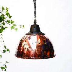 Copper Ceiling Lamp, 1950s bei Pamono kaufen Copper Ceiling, Industrial Ceiling Lights, Ceiling Lamp, 1950s, Pendant, Home Decor, Restoration, Cast Iron, Wooden Crates