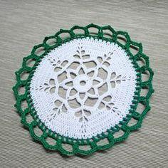 Final Result Supplies-Yarn - green, white-Crochet hook Make 10 chain (ch), 1 slip stitch (sl st) in the first ch Make 3 ch, 31 d...