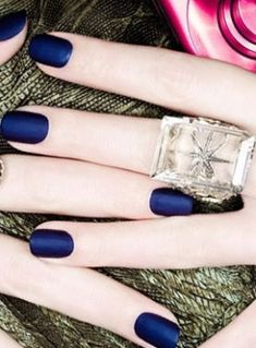 matte nails navy blue so pretty! how do you do this?!<<< just get a matte top coat!!