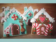 gingerbread house Christmas cookies