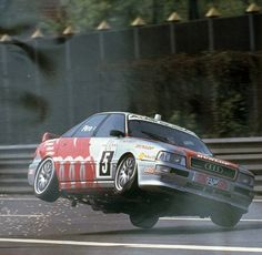 Audi 80 Quattro Competition touring car - front wheel damage = ooops!
