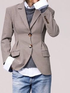 8f6066a77be Oui à la rencontre entre style casual et pièce tailoring ! Business Outfit,  Tweed Blazer