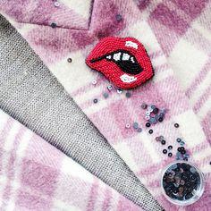 Брошь, губы, бисер, вышивка, брошь ручной работы, брошка, Instagram: @daria.ll