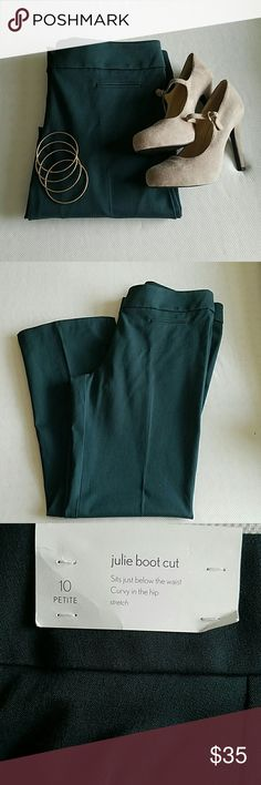 🎉HP 1/25🎉 Jewel tone green Loft pants 10 P Jewel tone green pants in size 10 petite Julie Boot cut Style from Loft 52% cotton, 42% Rayon, 6% spandex  🎉HP 1/25/17🎉 Work Week Chic LOFT Pants Boot Cut & Flare