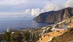 Los Gigantes © WhiteGoldWielder/Flickr