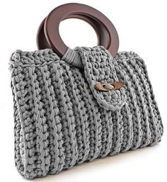 Discover thousands of images about Crochet handbag free patterns instructions – Artofit Grips and rings are interesting in this bag design Bag Crochet, Crochet Clutch, Crochet Handbags, Crochet Purses, Love Crochet, Crochet Crafts, Crochet Stitches, Crochet Patterns, Crochet Bag Tutorials
