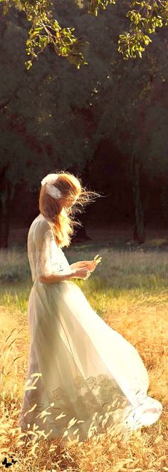 New life goal: Wear a long white dress in a field at twilight with the wind blowing through my hair.