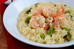 Simple prawn and asparagus risotto over Iowa Girl Eats - Food serving ideas - Chicken Rissoto Risotto Recipes, Shrimp Risotto, Shrimp Pasta, Seafood Recipes, Cooking Recipes, Healthy Recipes, Yummy Recipes, Seafood Dishes, Seafood