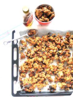 Granola Muesli, Granola Cereal, Granola Bars, Nigella Lawson, Desserts With Biscuits, Sweet Desserts, Yummy World, Brunch, Healthy Recipes