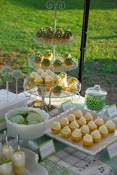 Green Dessert Table / Buffet   Flickr - Photo Sharing!