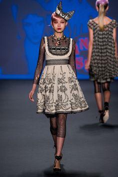 Anna Sui Spring 2013 Ready-to-Wear Fashion Show - Xiao Wen Ju
