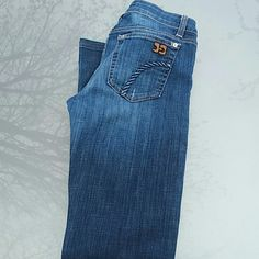 Joes Jeans Honey Fit Ryder Wash Excellent condition. 30 inch inseam. Joe's Jeans Jeans Boot Cut