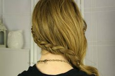 Sideswept Mini Dutch Braid