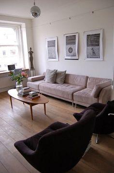 Jon & Liezel's New Bloomsbury Home — House Tour | Apartment Therapy gdyby to samo zrobic wzdluz po prawej stronie, ale troche wasko