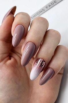 The Best Wedding Nails 2019 Trends ❤︎ Wedding planning ideas & inspiration. Wedding dresses, decor, and lots more. French Manicure Gel Nails, Nail Polish, Nail Nail, Bridal Nails, Wedding Nails, Glitter Wedding, Rhinestone Wedding, Perfect Nails, Gorgeous Nails