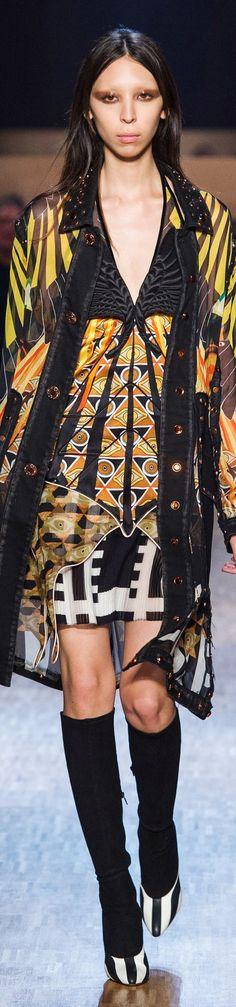 Givenchy - FALL 2016 READY-TO-WEAR
