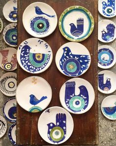 From iranianartist instapoetry لطف evileye ye underglazepainting instaceramics giftshop homedecor artbotique… Ceramic Clay, Ceramic Plates, Ceramic Pottery, Pottery Art, Pottery Painting Designs, Pottery Designs, Paint Designs, Painted Plates, Hand Painted Ceramics